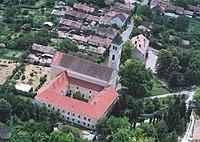 A volt ferences kolostor és templom, Segesd légifotó1.jpg