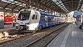 Aachen Hbf Arriva FLIRT 550 sneltrein 19825 Maastricht (46221280235).jpg