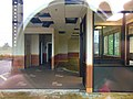 Abandoned Wendy's, Waterford, CT 04.jpg