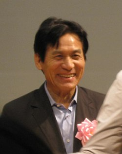 Ahn Sung ki at reception.jpg
