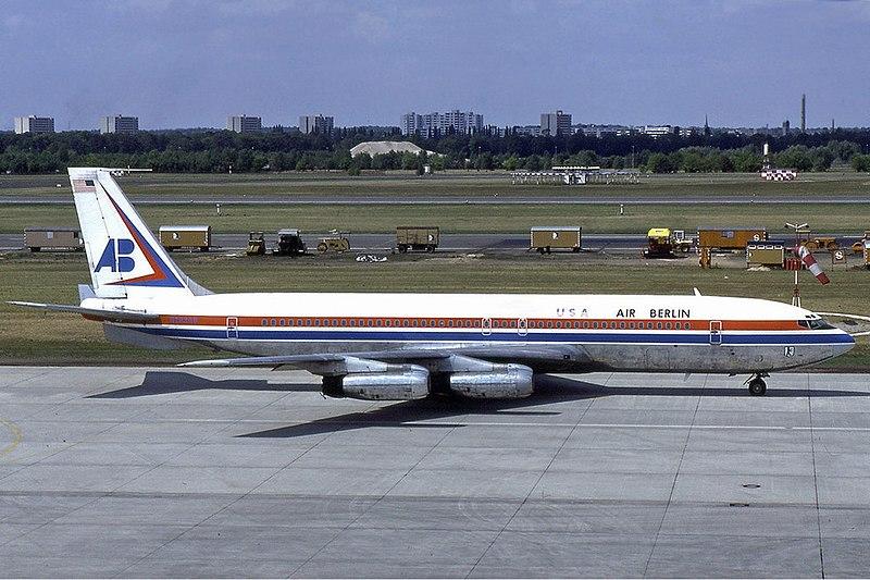 Air Berlin USA Boeing 707-300 Manteufel.jpg