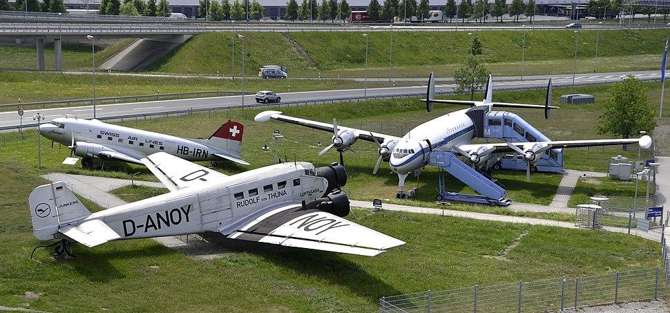 Aircraft D-ALEM, D-ANOY, HB-IRN at Munich Airport