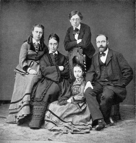 File:Albert och Betty med barnen Jenny.tiff