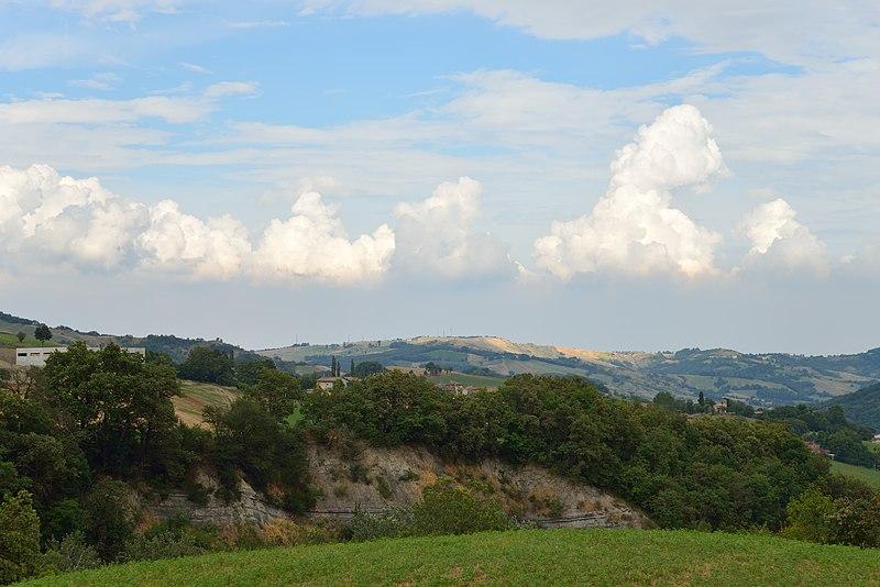 File:Appennino Reggiano - Viano (RE) Italia - 13 Luglio 2014 - panoramio (1).jpg