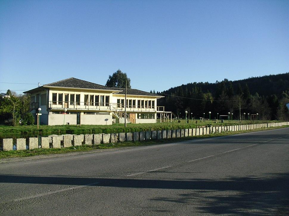 Área recreativa na parroquia de Castro de Rei.