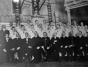 Thorleiv Røhn - The Norwegian 1906 gymnastics team. Røhn is the second from the right, mid row.