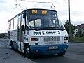 Autobus.linii.010.przystanek.Paprykowa.7868-03.JPG