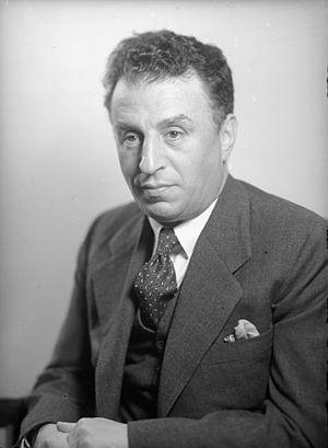 Avraham Granot - Image: Avraham Granot 1940