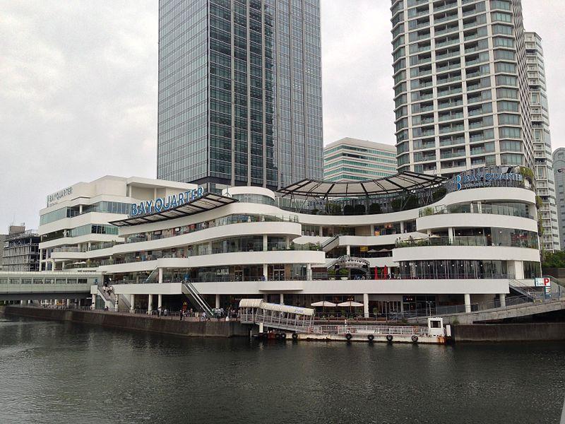 横浜駅東口・横浜ベイクォーター