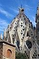 Basilique Sagrada Familia façade sud ouest Barcelone 17.jpg