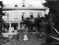 Belvoirpark ca.1860 Kind Lydia BaugeschArchStZHNr.38416 rev cos.tif