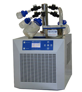 Freeze-drying - A benchtop manifold freeze-drier