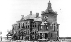 Benson County Courthouse - Benson County Courthouse, c. 1901-1910