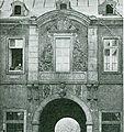 Berger Tor in Düsseldorf erbaut im Jahre 1751 mit Bildhauerarbeiten von Balthasar Späth.jpg