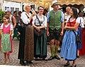 Besucher am Villacher Kirchtag, Kärnten.jpg