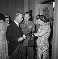 Bezoek Koninklijk Paar aan Luxemburg Ambassade, Bestanddeelnr 904-6355.jpg