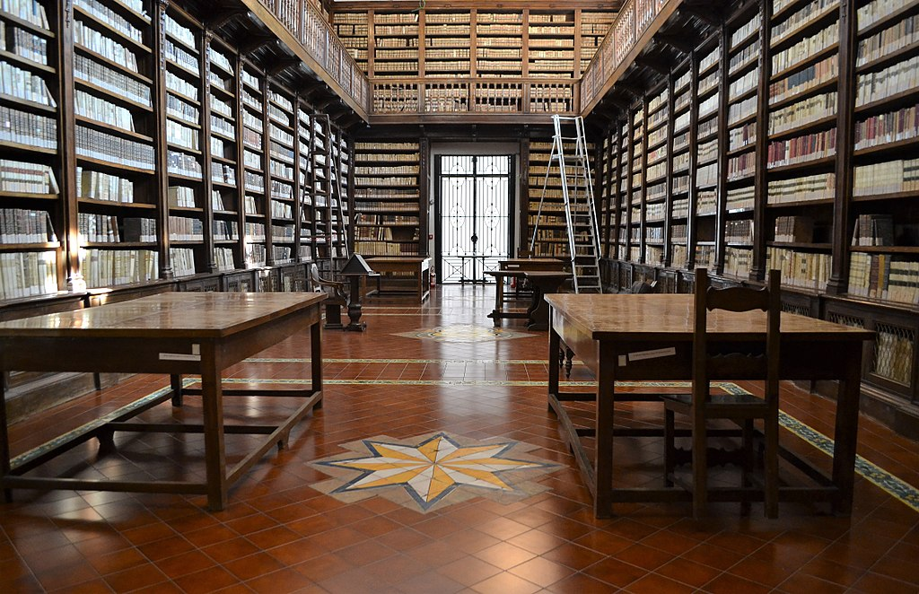 Bibliothèque de l'église Girolamini à Naples - Photo de Peppe Guida