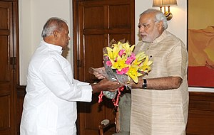 Jitan Ram Manjhi - Manjhi (on left) meeting Indian Prime Minister Narendra Modi