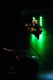 Billie Joe Armstrong in concerto al forum di Assago nel 2009