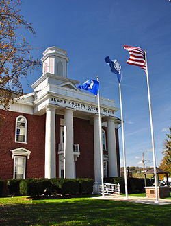 Bland County Courthouse in Bland