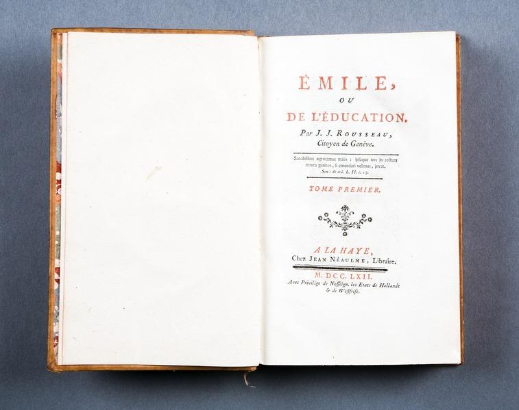 """File:Boken """"Emile"""" av Rousseau - Skoklosters slott - 86175.tif"""