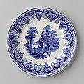 Bord met fantasiehuis in blauw (1860-90), Petrus Regout & Co.jpg