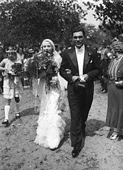 Bundesarchiv Bild 102-14813, Brautpaar Max Schmeling und Anny Ondra