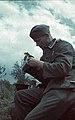 Bundesarchiv Bild 169-0151, Bei Lemberg, Soldat beim Essen.jpg