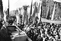 Bundesarchiv Bild 183-M1104-0008, Dresden, Demonstration Solidarität mit Chile, Rede Modrow.jpg