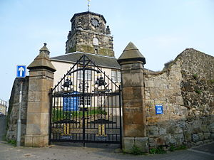Architecture in early modern Scotland - Burntisland Parish Kirk, its original wooden steeple now replaced by one of stone
