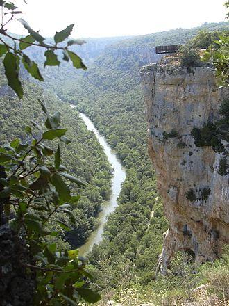 Páramos (comarca) - The Ebro gorges near Pesquera de Ebro