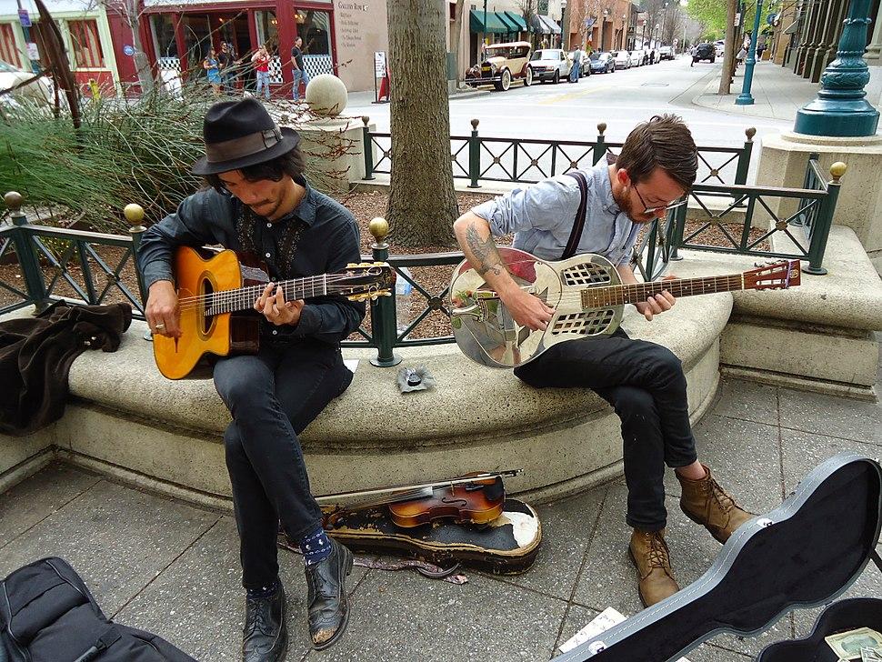 California Santa Cruz street musicians playing