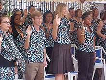 Cameroon volunteers swearing in, 2006.JPG