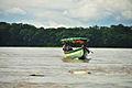 Canoas sobre el Río Napo cerca de Francisco de Orellana.jpg