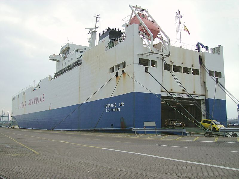 File:Car carrier Tenerife Car.jpg