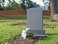 Carreg fedd yr archesgob - The archbishop's gravestone - geograph.org.uk - 1558116.jpg