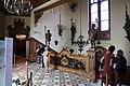 Castello di miramare, scalone in stile rinascimento tedesco, con sei paggi imperiali reggilampade, 06.jpg