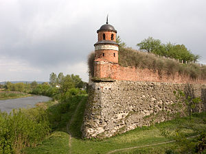 Cavalier (fortification) - Image: Castle in Dubno Ukraine