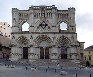 Spanish Gothic architecture - Image: Catedral de Cuenca (2005 11 09)