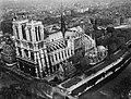 Cathédrale Notre-Dame de Paris- vue aérienne 2 Archives nationales 20130290-10.jpg
