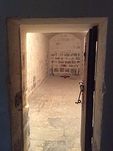 Dry Cell Prison Wikipedia