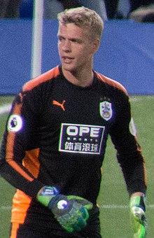 Chelsea 1 Huddersfield 1 (Jonas Lossl) (bijgesneden).jpg