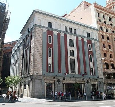 Cine Avenida (Gran Vía, Madrid) 01.jpg
