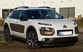 Citroën C4 Cactus BlueHDi 100 Shine Edition – Frontansicht, 2. November 2014, Münster.jpg