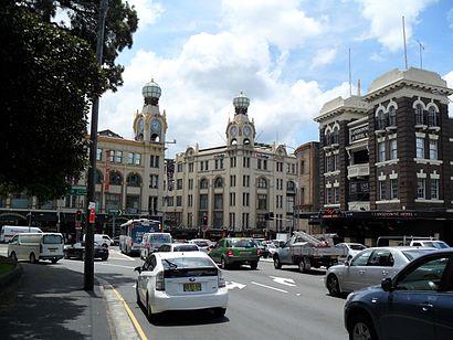 Cara untuk pergi ke Broadway Shopping Centre menggunakan Transportasi Umum - Tentang tempat tersebut