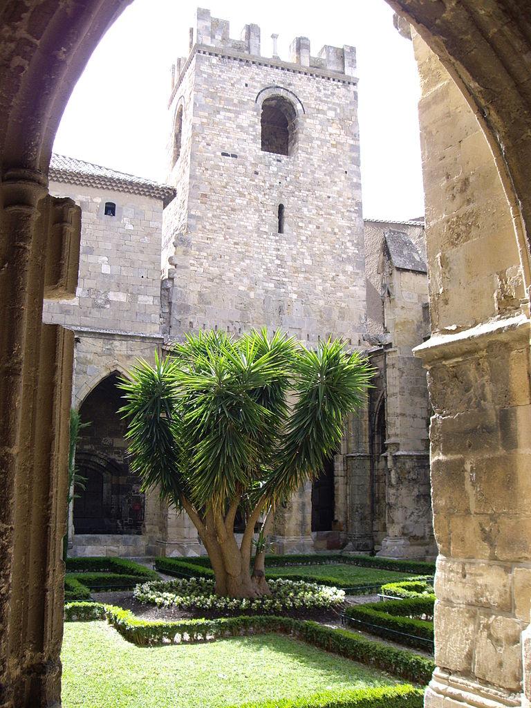 Narbonne Version 3 1: File:Cloître Des Archevêques (Narbonne, 11).JPG