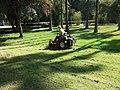 Cortacesped en el Parque María Luisa de Sevilla.JPG