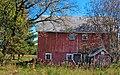 Country field teinted barn - panoramio.jpg