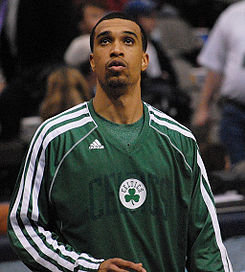Courtney Lee in March 2013.jpg