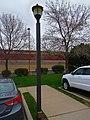 Cracker Barrel® Street Light - panoramio.jpg